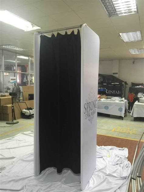 Diy Changing Rooms For Retail Space