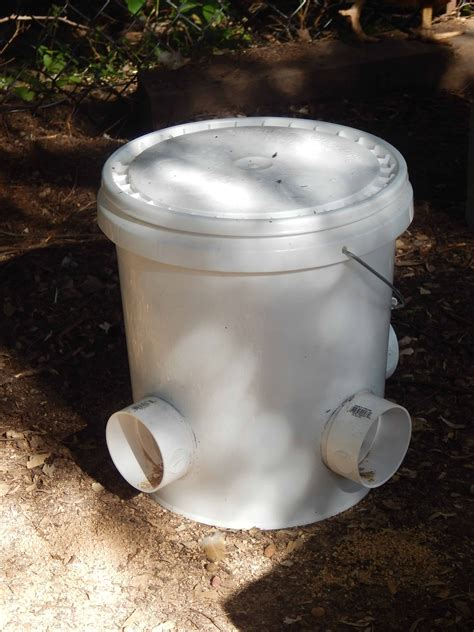 Diy Chicken Feeder From 5 Gallon Bucket