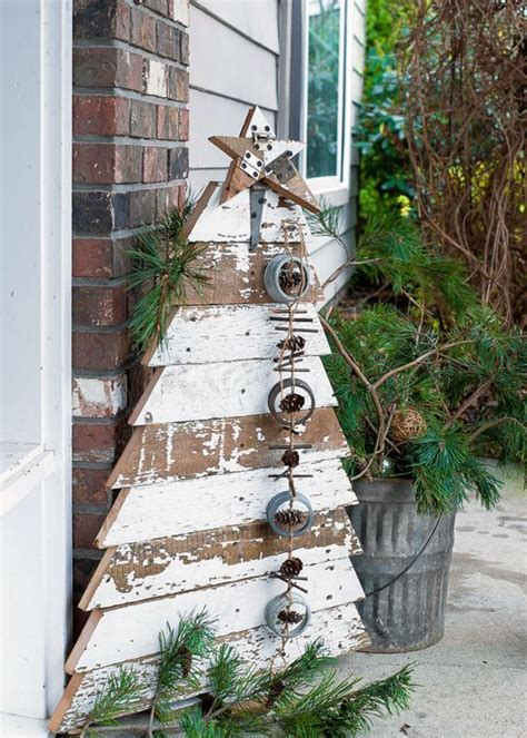 Diy Christmas Decor From Barn Wood