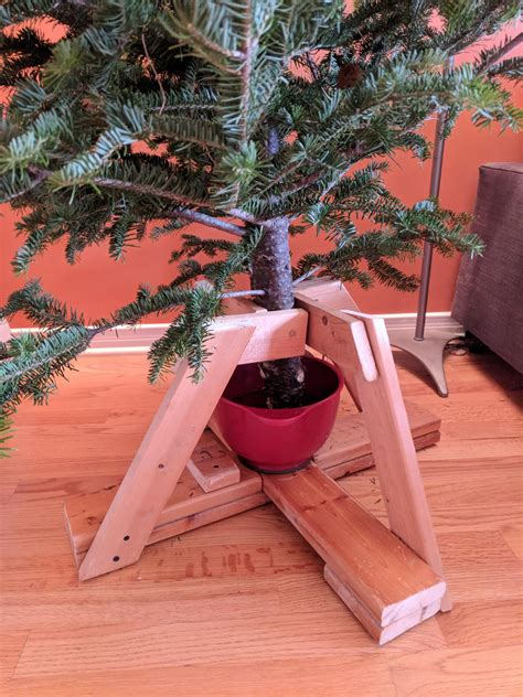 Diy Christmas Tree Stand For Realtree Fabric
