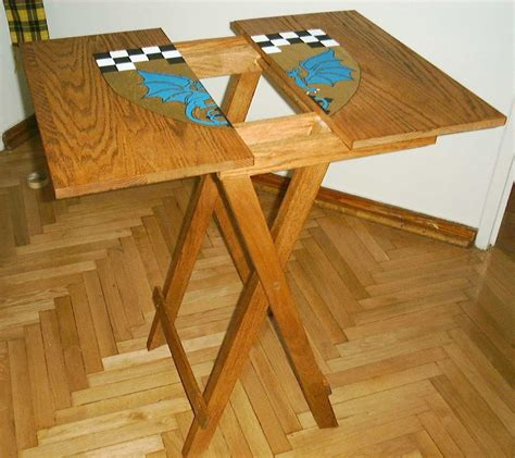Diy Collapsible Wooden Table