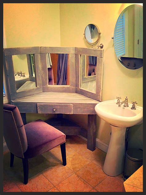 Diy Corner Makeup Vanity Ideas