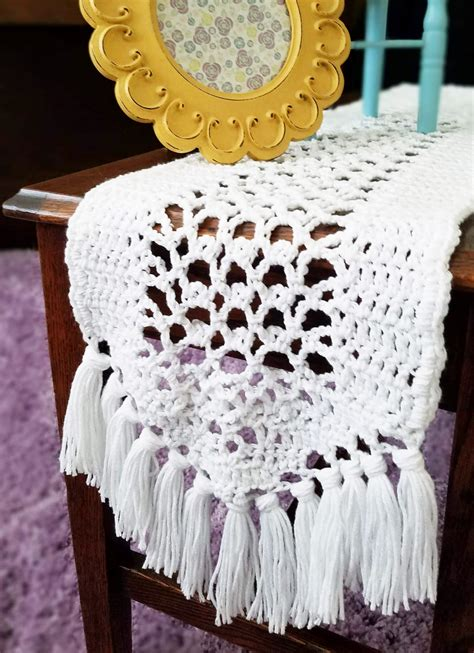 Diy Crochet Table Runner