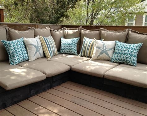 Diy Cushions For Pallet Furniture