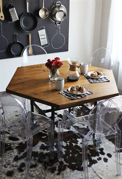 Diy Dining Table With Pipe Legs