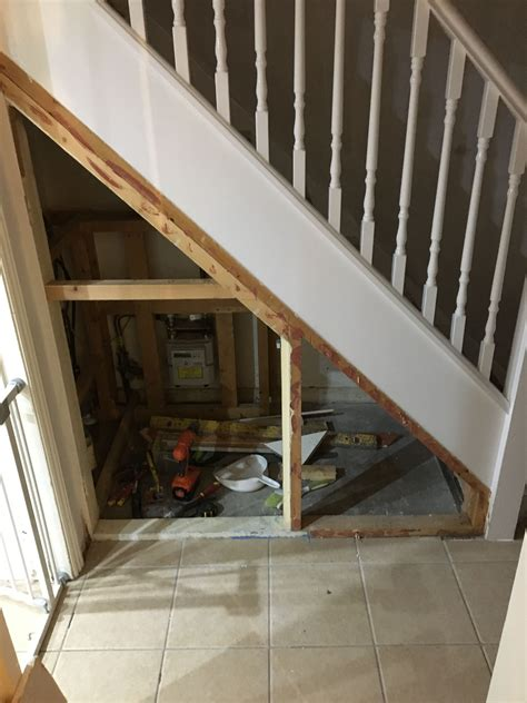 Diy Dog Kennel Under Stairs