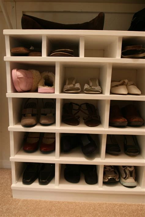 Diy Dowel Wood Shoe Shelving For Closets