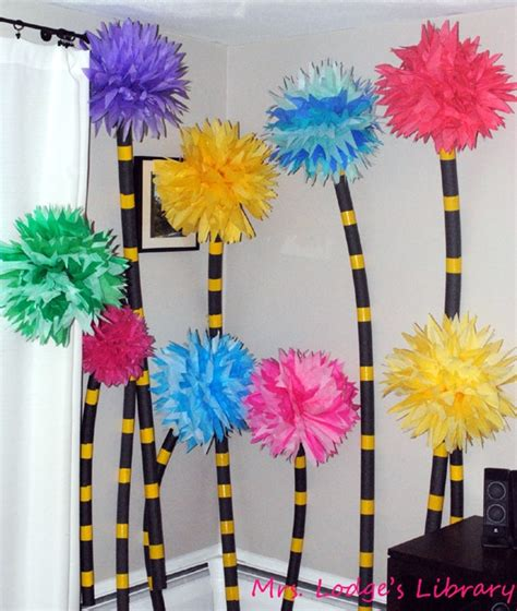Diy Dr Seuss Decorations