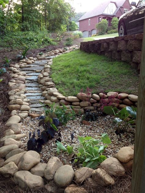 Diy Dry Creek Bed Landscaping Ideas