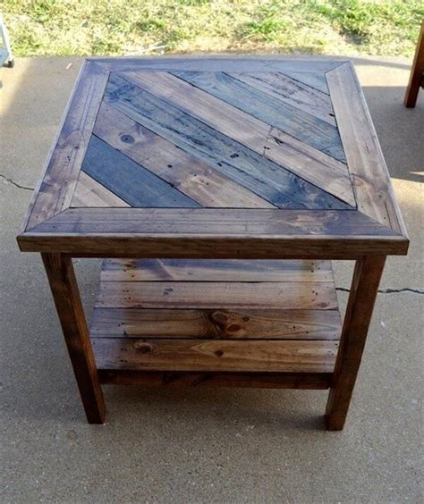 Diy End Table From Pallets
