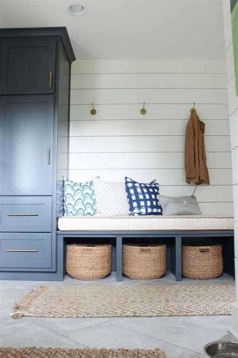 Diy Entryway Storage Plans