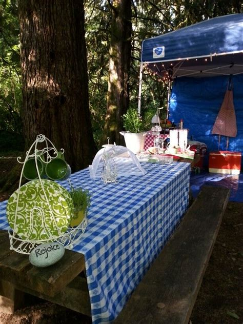 Diy Face Glamping Table