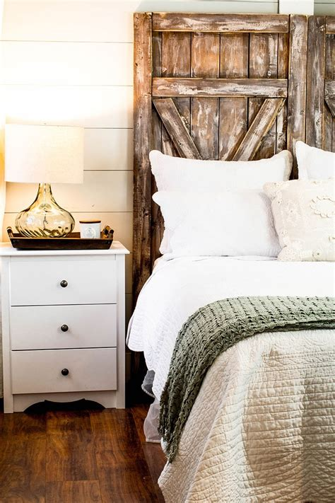 Diy Farmhouse Headboard Ideas