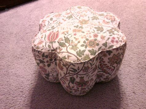 Diy Footstool From Large Tin Cans