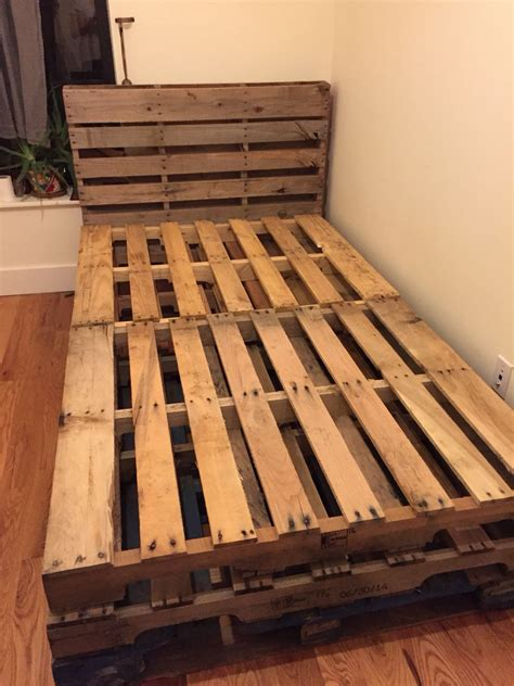 Diy Full Size Bed Pallet Headboard Images