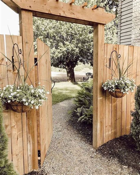 Diy Garden Fence And Gate