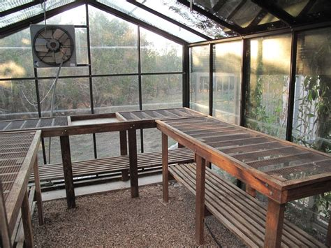 Diy Greenhouse Tables