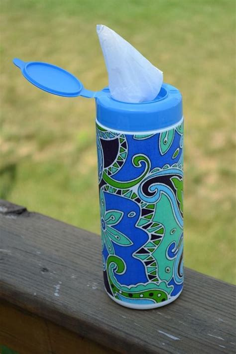 Diy Grocery Bag Holder Using Wipe Case