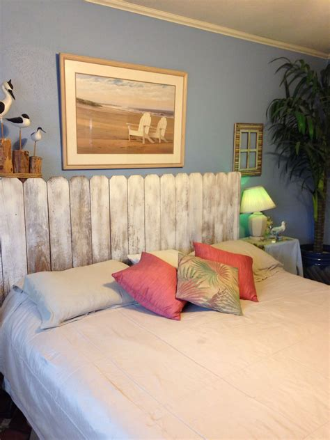 Diy Headboard Out Of Fence