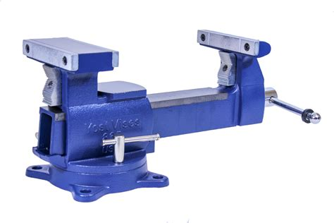 Diy Heavy Duty Workbench With Bench Vise