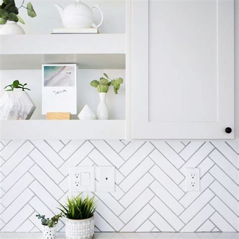 Diy Herringbone Subway Tile Backsplash