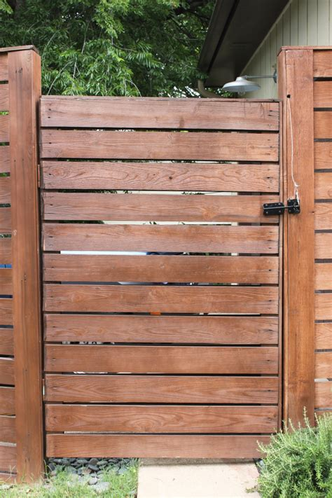 Diy Horizontal Wood Panel Gate