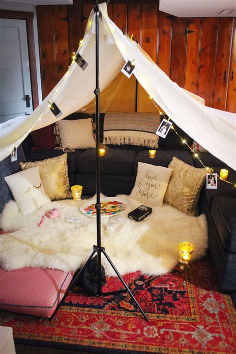 Diy Indoor Blanket Fort