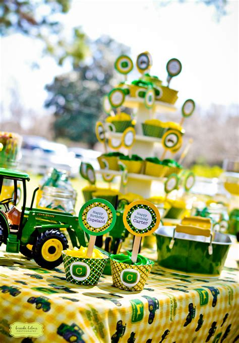 Diy John Deere Decorations