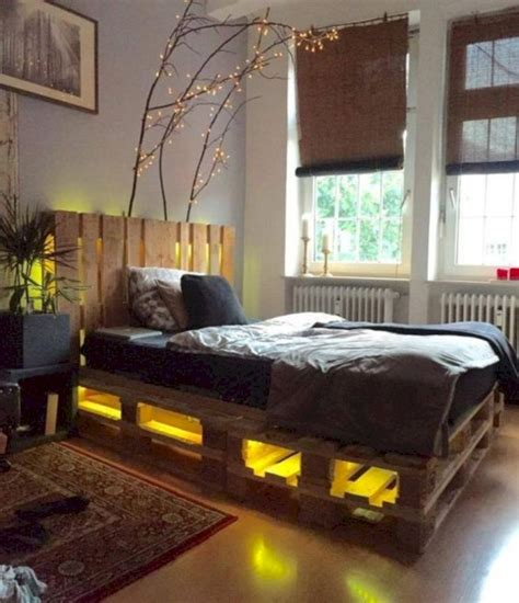 Diy Lighted Pallet Bed Frame