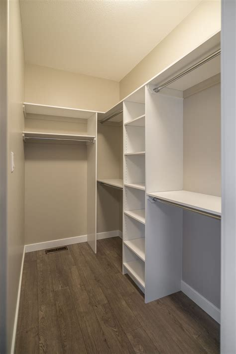 Diy Master Walk In Closet
