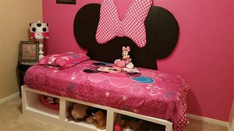 Diy Minnie Mouse Headboard