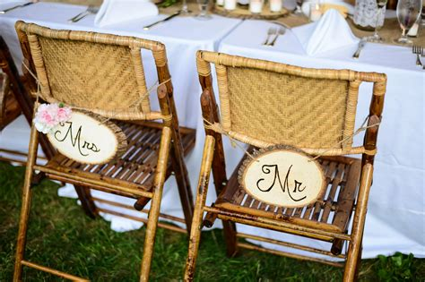 Diy Mr And Mrs Chair Signs