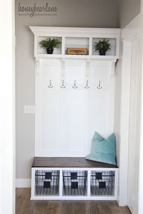 Diy Mud Room Coat And Bench Plans