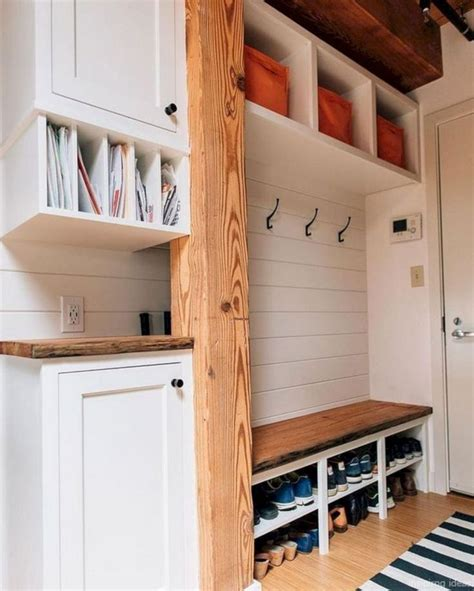 Diy Mud Room Shelves