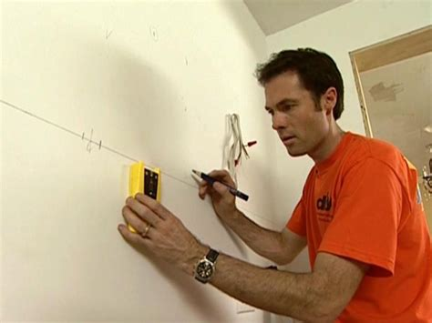 Diy Network Install Kitchen Cabinets