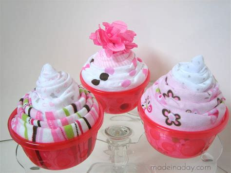 Diy Onesie Cupcakes For Baby