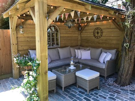 Diy Outdoor Covered Sitting Area