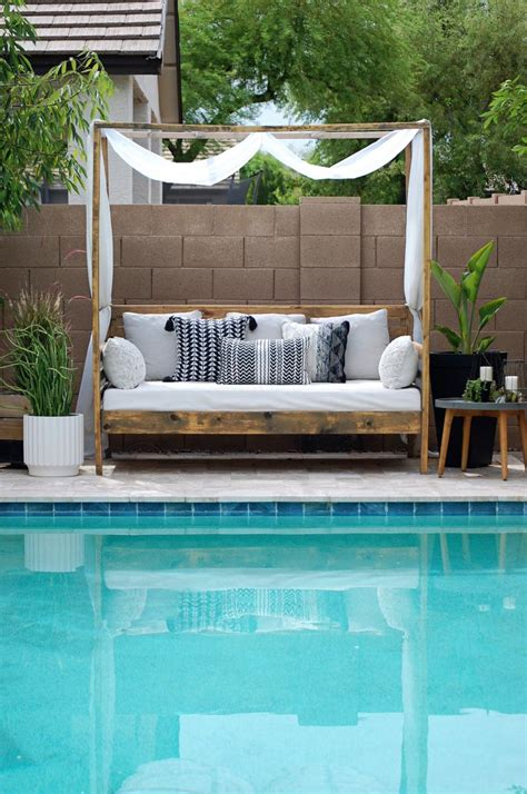 Diy Outdoor Daybed Youtube