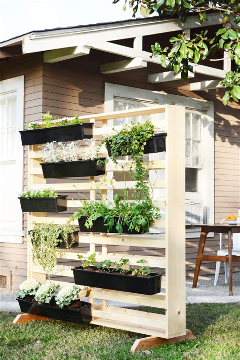 Diy Outdoor Living Wall Planter