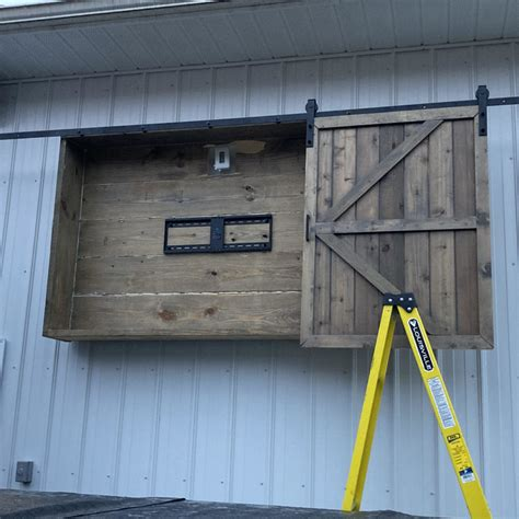 Diy Outdoor Tv Barn Door