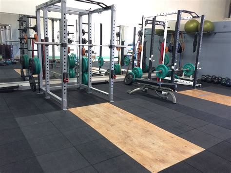Diy Outside Weight Lifting Platform And Rack