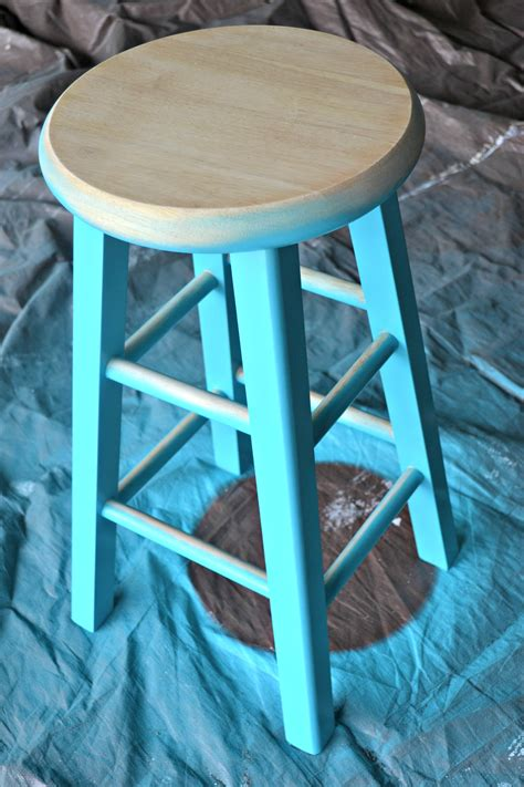 Diy Paint Wood Stool
