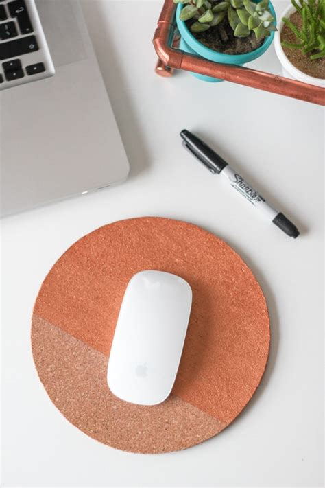 Diy Painted Wood Mouse Pad