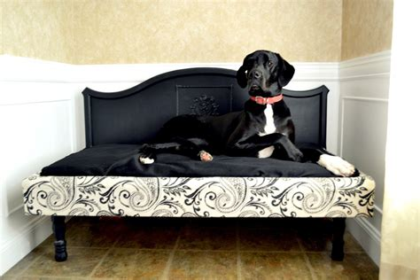 Diy Pallet Dog Bed For Great Danes
