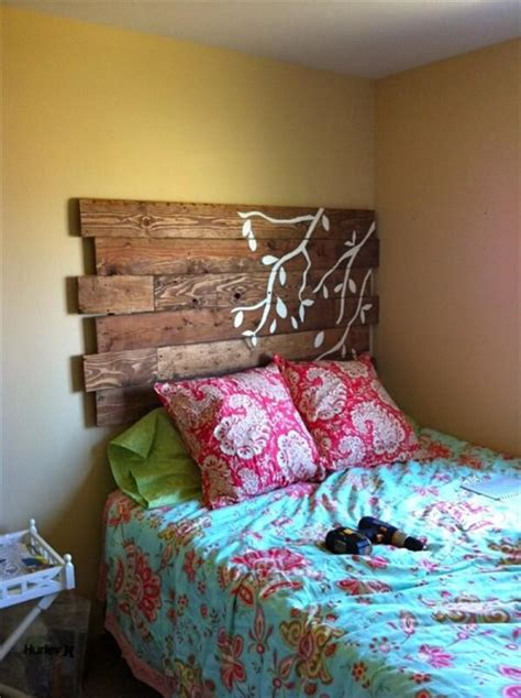 Diy Pallet Headboard Ideas Pinterest