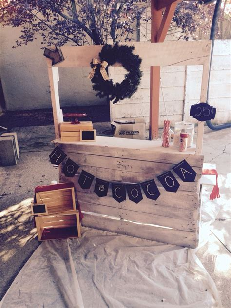 Diy Pallet Hot Cocoa Stand From Pallets