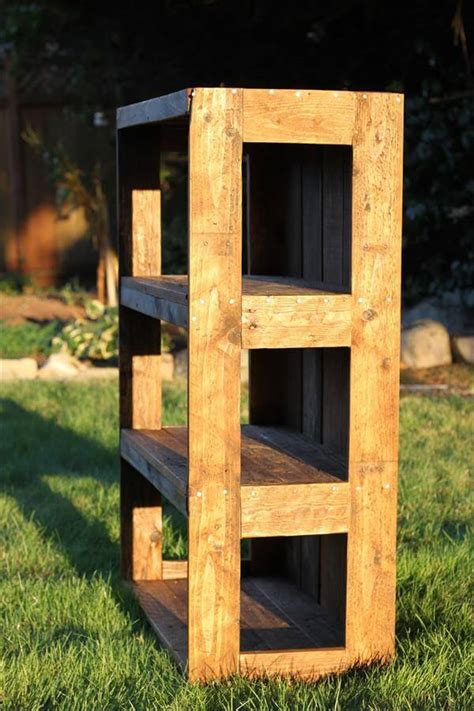 Diy Pallet Shelves Tutorial
