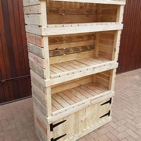 Diy Pallet Storage Shelves