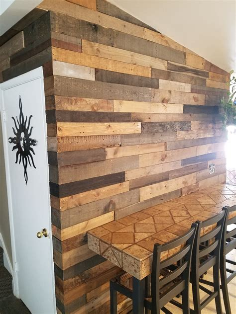 Diy Pallet Wood Accent Wall