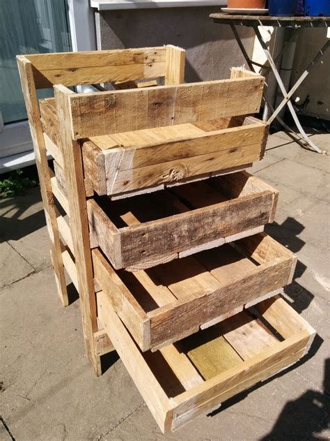 Diy Pallet Wood Storage
